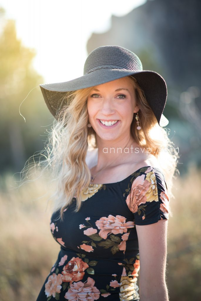 smith rock maternity session photographer central oregon